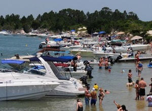 904 happy hour article simple tips to help new boaters - Difference between starboard and port ...
