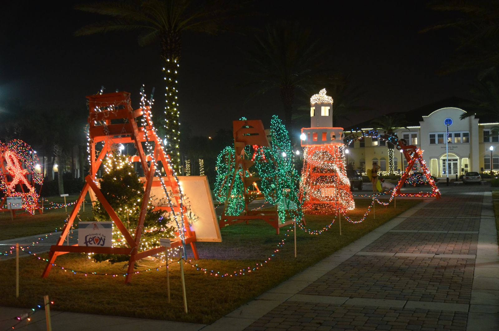 904 Happy Hour - Article - Places To See Christmas Lights Around ...