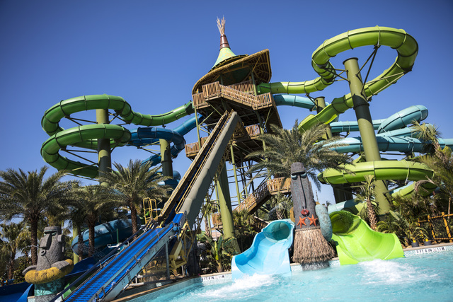 904 Happy Hour - Article - Volcano Bay Is Now Open At ...